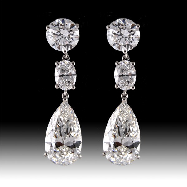 Earring Round with OVAL,  Pear Shape Diamond
