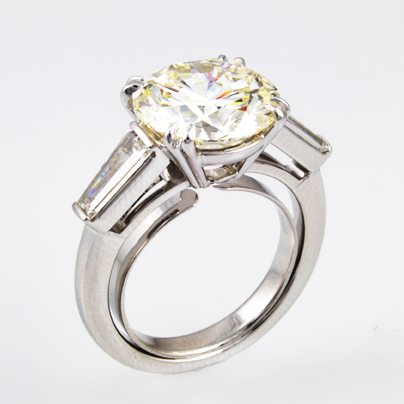 Round Center and Baguette Diamonds Engagement Ring